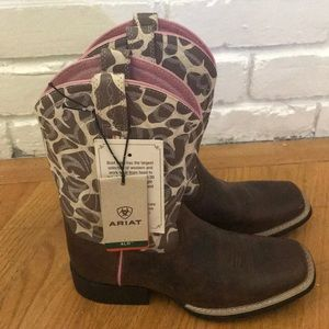 Ariat boots girls size 2